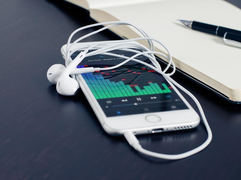Veel gehoorschade bij jongeren: muziek-oordop biedt uitkomst